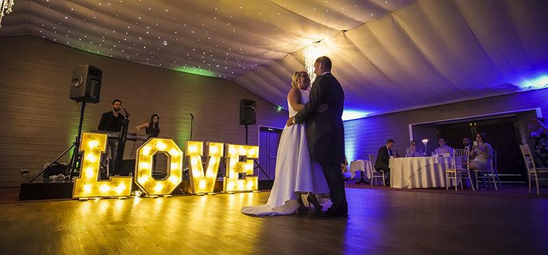 The Hunters Hall wedding of Kate and Alan