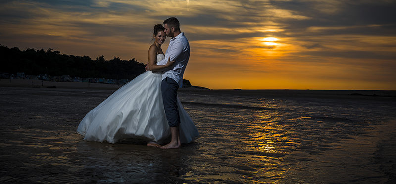 The Wells beach sunset shoot of Anna and Tom
